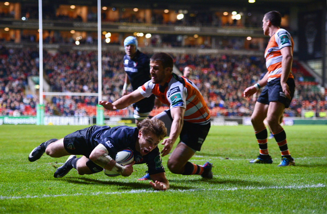 Hi-res-185294161-blaine-scully-of-tigers-goes-over-to-score-a-try-during_crop_650