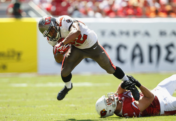 Hi-res-182303073-doug-martin-of-the-tampa-bay-buccaneers-gets-tripped-up_display_image