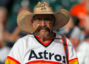 Hi-res-168527333-houston-astros-fan-waits-for-the-start-of-the-game_display_image