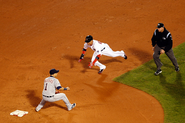 Hi-res-184261722-quintin-berry-of-the-boston-red-sox-steals-second-base_crop_650