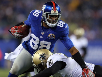 Hi-res-158037635-hakeem-nicks-of-the-new-york-giants-carries-the-ball-as_display_image