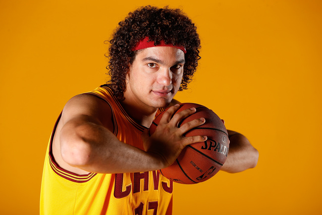 Hi-res-182599924-anderson-varejao-of-the-cleveland-cavaliers-poses-for-a_crop_650