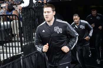 Hi-res-168198737-aron-baynes-of-the-san-antonio-spurs-enters-the-court_display_image
