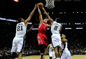 Hi-res-158790138-jeremy-lin-of-the-houston-rockets-is-defended-by-kawhi_display_image