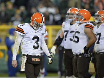 Hi-res-185446474-quarterback-brandon-weeden-of-the-cleveland-browns_display_image