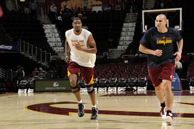 Hi-res-185206152-andrew-bynum-of-the-cleveland-cavaliers-runs-up-the_crop_650