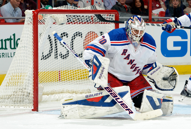 Hi-res-184806954-henrik-lundqvist-of-the-new-york-rangers-makes-a-save_crop_650x440