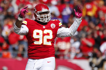 Hi-res-154007373-dontari-poe-of-the-kansas-city-chiefs-celebrates-after_display_image