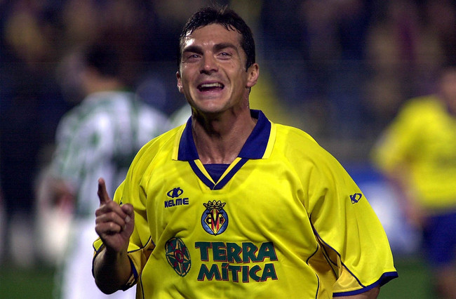 Hi-res-1102515-feb-2002-guillermo-amor-of-villarreal-celebrates-during_crop_650