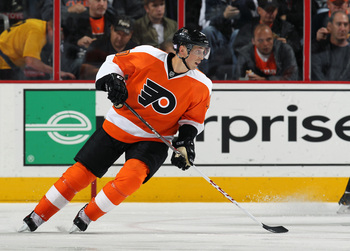 Hi-res-184765820-vincent-lecavalier-of-the-philadelphia-flyers-skates_display_image