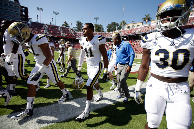Hi-res-185496368-anthony-barr-of-the-ucla-bruins-runs-off-the-field_crop_650