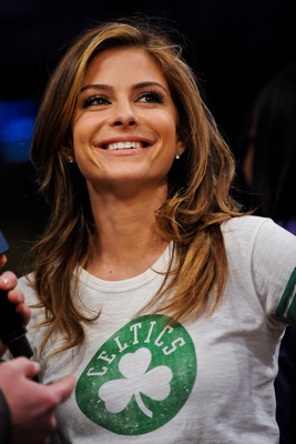 Hi-res-162227101-actress-maria-menounos-gives-an-interview-during-a-game_display_image