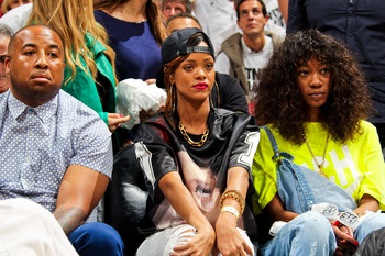 Hi-res-167166360-recording-artist-rihanna-and-melissa-forde-sit-court_display_image