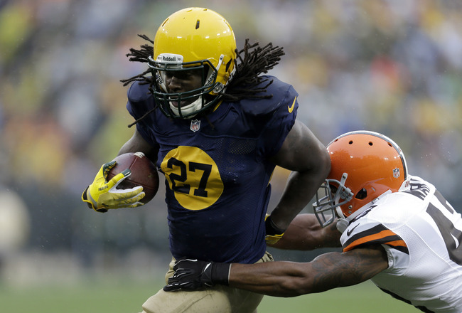 Hi-res-185445895-eddie-lacy-of-the-green-bay-packers-runs-with-the_crop_650x440