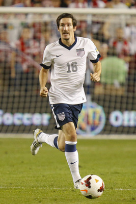 Hi-res-185140689-sacha-kljestan-of-the-u-s-mens-national-soccer-team_display_image