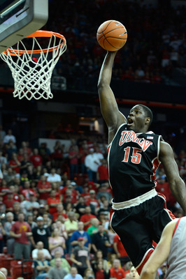 Hi-res-163843449-anthony-bennett-of-the-unlv-rebels-dunks-against-the_display_image
