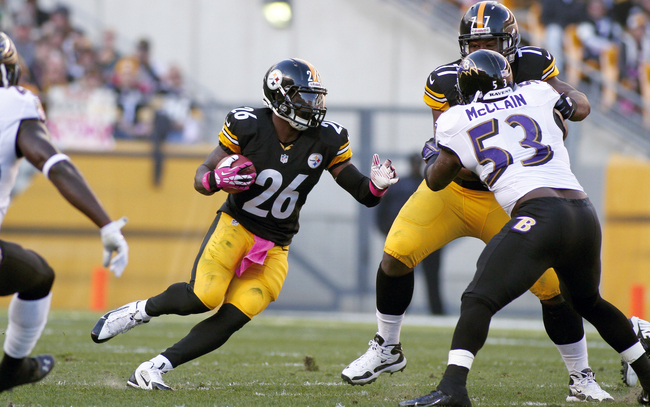Hi-res-185435904-leveon-bell-of-the-pittsburgh-steelers-rushes-against_crop_650