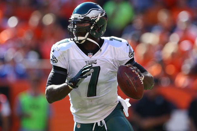 Hi-res-183719179-quarterback-michael-vick-of-the-philadelphia-eagles-in_crop_650