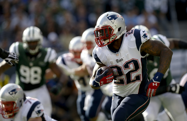 Hi-res-185435252-stevan-ridley-of-the-new-england-patriots-runs-the-ball_crop_650