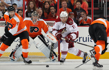 Hi-res-184765805-braydon-coburn-of-the-philadelphia-flyers-skates-in-to_display_image