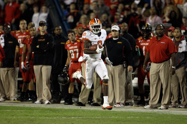 Hi-res-130810402-sammy-watkins-of-of-the-clemson-tigers-runs-the-ball_crop_650
