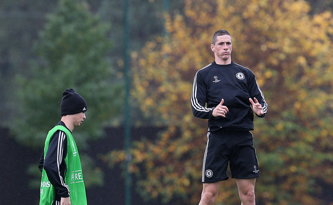 Hi-res-185469317-fernando-torres-warms-up-during-a-chelsea-training_crop_650
