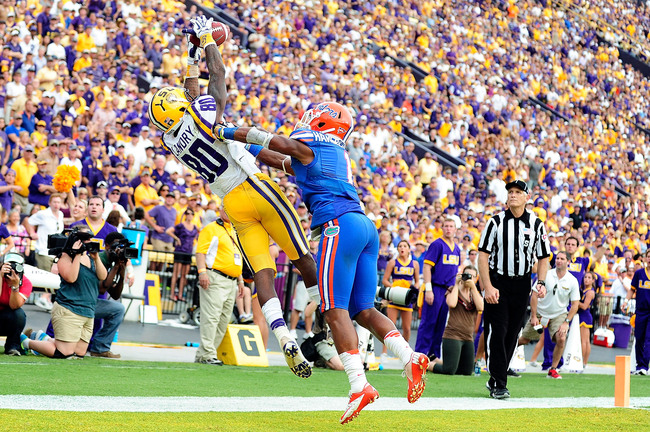 Hi-res-184237350-vernon-hargreaves-iii-of-the-florida-gators-defends-a_crop_650