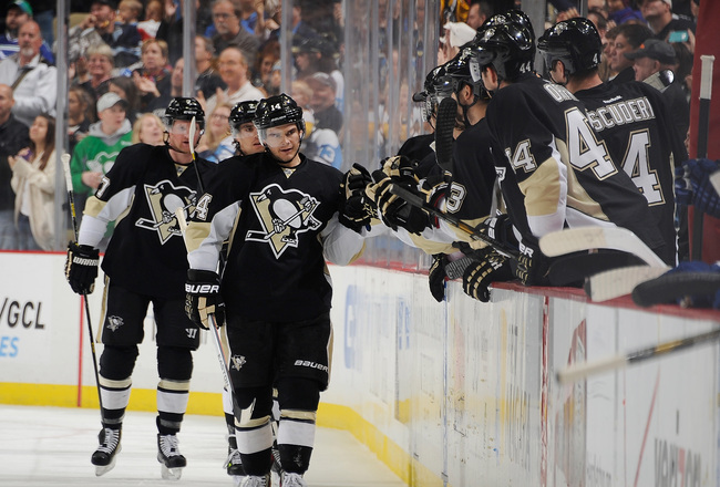 Hi-res-185352916-chris-kunitz-of-the-pittsburgh-penguins-celebrates-his_crop_650x440