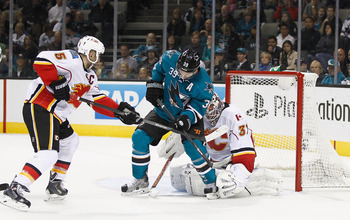 Hi-res-185382105-logan-couture-of-the-san-jose-sharks-blocks-the-net_display_image