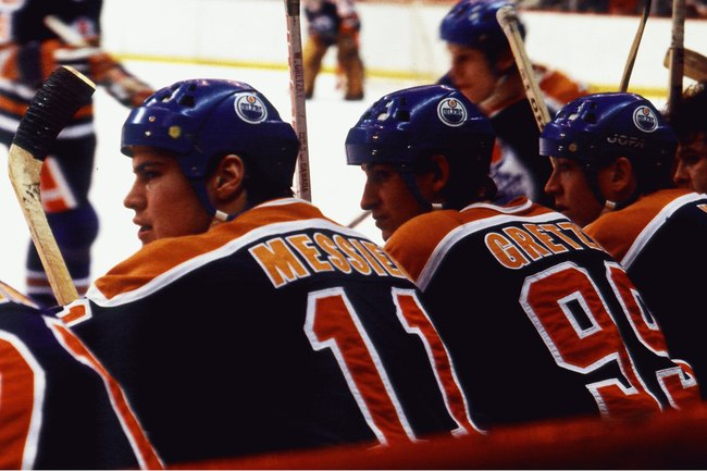 Hi-res-85129484-1980s-mark-messier-and-wayne-gretzky-of-the-edmonton_crop_650