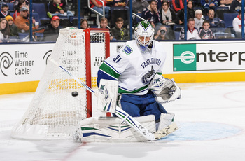 Hi-res-185639034-goaltender-eddie-lack-of-the-vancouver-canucks-defends_display_image