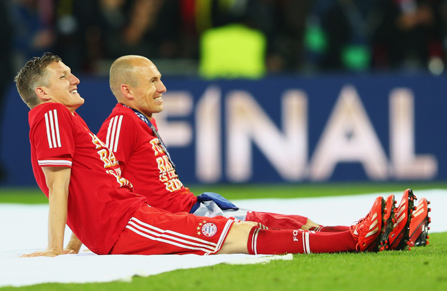 Hi-res-169508739-arjen-robben-of-bayern-muenchen-celebrates-victory-with_crop_650