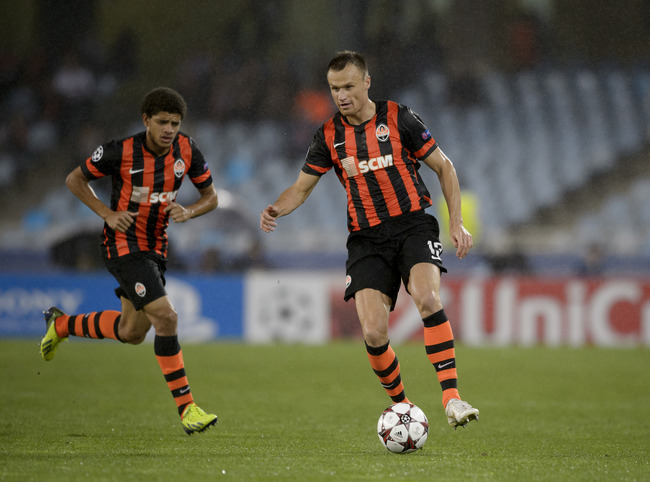 Hi-res-181777198-vyacheslav-shevchuk-of-fc-shakhtar-donetsk-in-action_crop_650