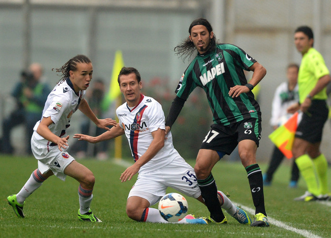 Hi-res-185409897-ezequiel-schelotto-of-us-sassuolo-calcio-and-diego_crop_650