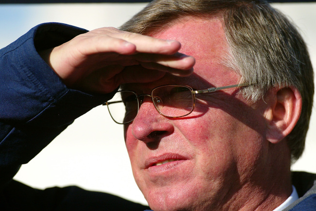 Hi-res-1594863-sir-alex-ferguson-manager-of-manchester-united-looks-on_crop_650