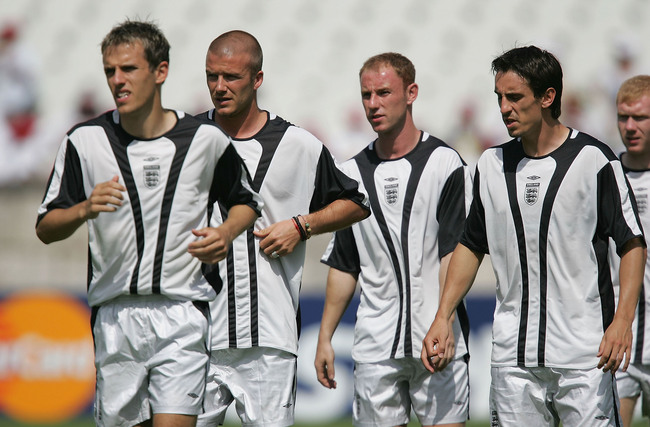 Hi-res-50941866-phil-neville-david-beckham-nicky-butt-and-gary-neville_crop_650