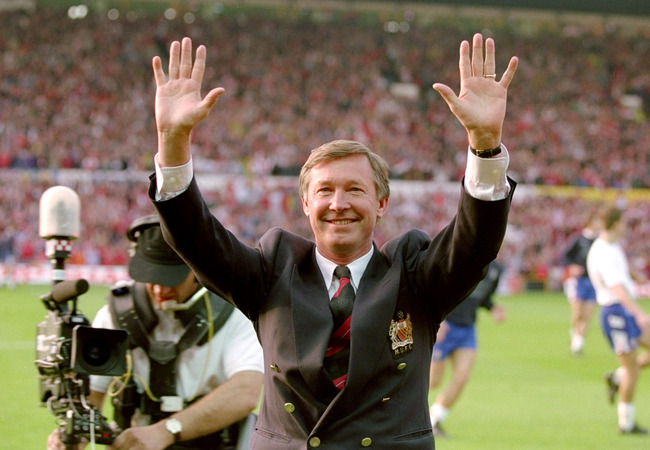 Hi-res-943407-may-1993-manchester-united-manager-alex-ferguson_crop_650