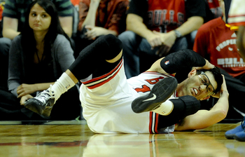Hinrich's injury prevented him from getting some valuable playing time.
