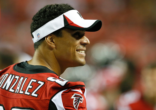 Hi-res-178405502-tony-gonzalez-of-the-atlanta-falcons-enjoys-a-laugh_crop_650