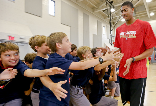 Hi-res-185635654-anthony-davis-of-the-new-orleans-pelicans-slaps-hands_crop_650x440