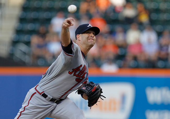 Hi-res-174366222-tim-hudson-of-the-atlanta-braves-pitches-in-the-first_crop_650
