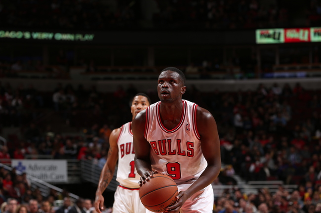 Hi-res-185509039-luol-deng-of-the-chicago-bulls-shoots-a-foul-shot_crop_650