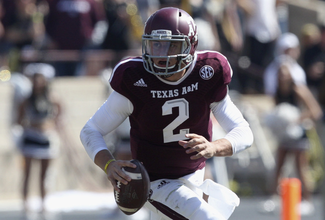 Hi-res-185942971-johnny-manziel-of-the-texas-a-m-aggies-rolls-out_crop_650x440