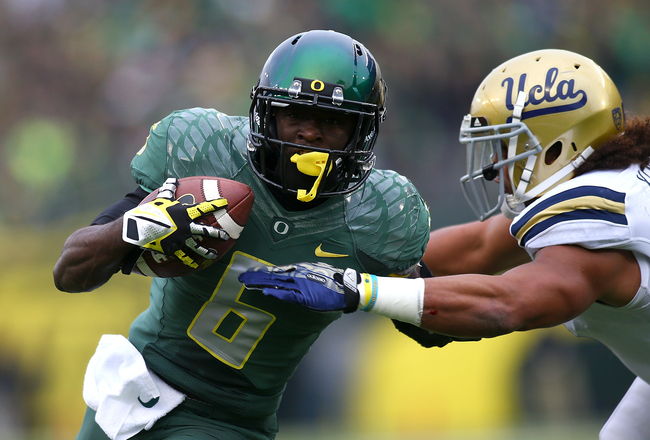 Hi-res-185971237-deanthony-thomas-of-the-oregon-ducks-runs-the-ball_crop_650x440