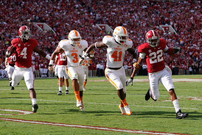 Hi-res-185964091-christion-jones-of-the-alabama-crimson-tide-rushes-past_crop_650