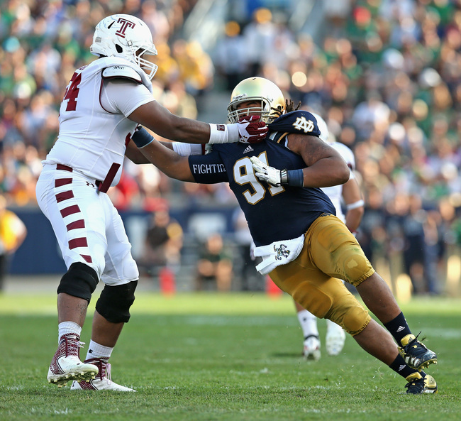 Hi-res-179567878-sheldon-day-of-the-notre-dame-fighting-irish-rushes_crop_650