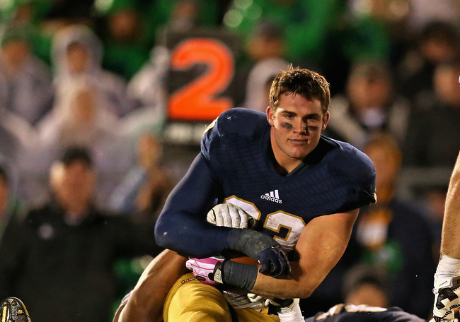 Hi-res-185379729-cam-mcdaniel-of-the-notre-dame-fighting-irish-gets_crop_650