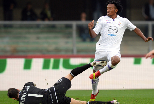Hi-res-186020105-juan-guillermo-cuadrado-of-acf-fiorentina-scores-his_crop_650x440