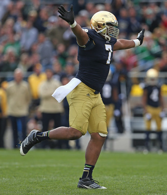 Hi-res-154477385-stephon-tuitt-of-the-notre-dame-fighting-irish_display_image