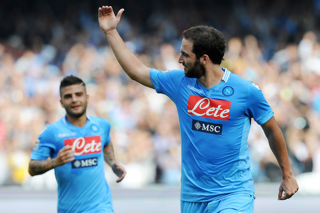 Hi-res-186012472-gonzalo-higuain-of-napoli-celebrates-after-scoring-the_crop_650
